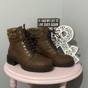 Torrid brown leather lace up boots